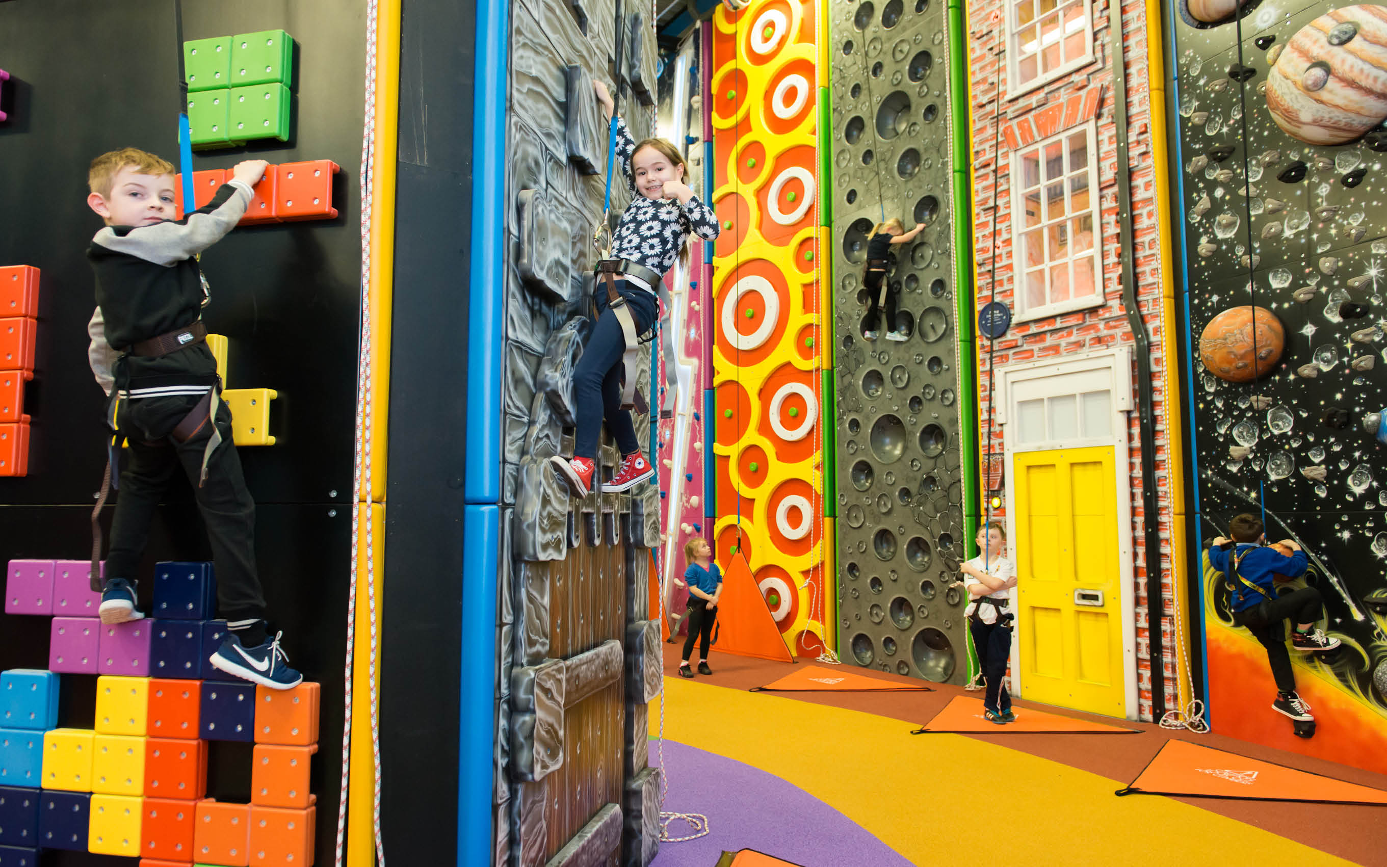 Children-Climbing-Walls